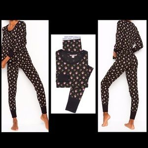 Victoria's Secret The Thermal PJ Size Large NWT